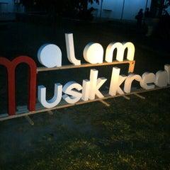 Photo taken at Fakultas Ekonomika dan Bisnis by agnesnuke p. on 9/15/2012