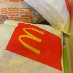 Photo taken at McDonalds by Nidal.N on 7/8/2013