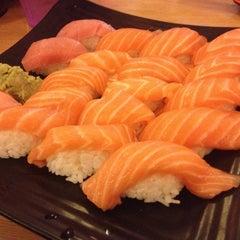 Photo taken at Oishii Japanese Restaurant & Sushi Bar by Sherman Y. on 4/18/2013