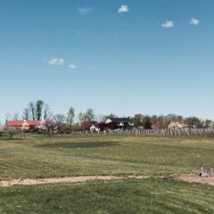 Photo taken at Hiddencroft Vineyards by Jennifer C. on 4/26/2015
