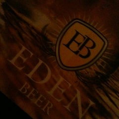 Photo taken at Eden Beer by Edmar A. on 6/8/2013