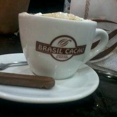 Photo taken at Brasil Cacau by Cintia M. on 11/3/2012
