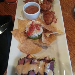 Photo taken at Outback Steakhouse by Carla S. on 7/12/2014