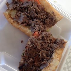 Photo taken at Philly Steak & Gyro by Celina on 10/8/2014