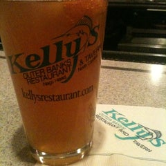 Photo taken at Kelly's Outer Banks Restaurant & Tavern by Tonya P. on 12/25/2011
