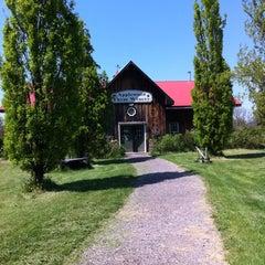 Photo taken at Applewood Farm Winery by Wrenn on 5/19/2012