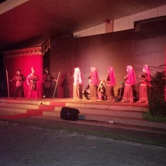 Photo taken at GOR Mampis Rungan by Danny M. on 10/28/2014