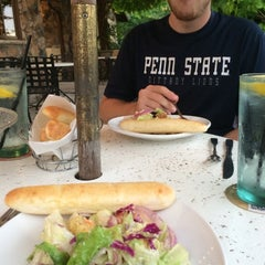 Photo taken at Olive Garden by Clare on 7/21/2014
