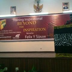 Photo taken at Fakultas Kehutanan Universitas Mulawarman by Felix S. on 10/13/2012