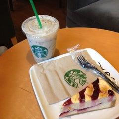 Photo taken at Starbucks by Lore on 7/28/2013