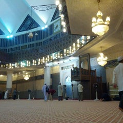 Photo taken at Masjid Negara (National Mosque) by Junaid on 3/18/2013