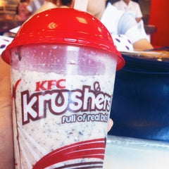 Photo taken at KFC by Bom Y. on 5/6/2014