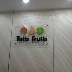 Photo taken at Tutti Frutti KJ by Shamsul K. on 8/3/2014