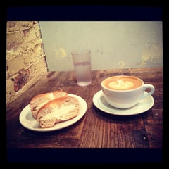 Photo taken at Pavement Coffeehouse by Avery on 11/5/2012