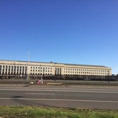 Foto tirada no(a) The Pentagon por Javier S. em 1/2/2016