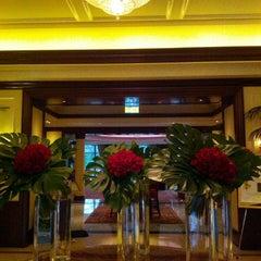 Photo taken at Four Seasons Hotel Westlake Village by Youngje C. on 2/15/2013