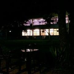Photo taken at Delícias do Campus by Gustavo U. on 4/13/2015