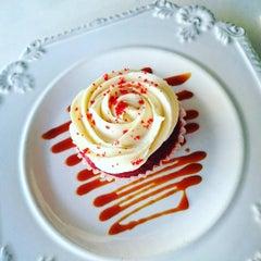Photo taken at Park Avenue Desserts by Mode V. on 12/28/2015
