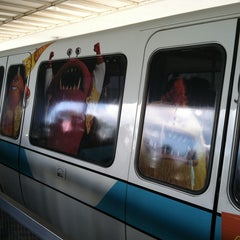 Photo taken at Monorail Teal by Peter on 4/27/2013