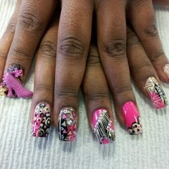 Photo taken at McDonald's by Trapgirls NAILS J. on 10/7/2012