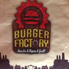 Photo taken at Burger Factory by Oscar on 3/4/2014