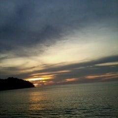 Photo taken at Pangkor Bay View Beach Resort by Amin F. on 9/30/2012