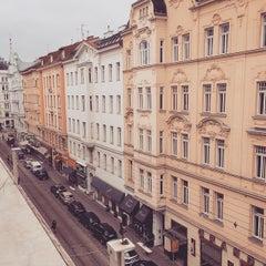 Photo taken at U Josefstädter Straße by melloishandsome on 3/14/2015