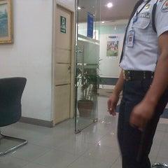 Photo taken at Bank BCA by Haerawati A. on 12/18/2012