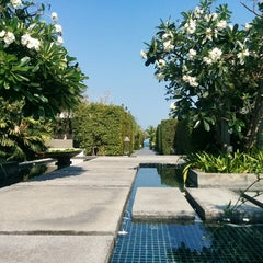 Photo taken at V VILLAS Hua Hin by Albina on 3/5/2015