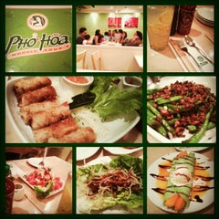 Photo taken at Phở Hòa by Carissa Jane V. on 2/24/2013