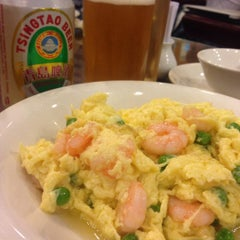 Photo taken at Wu Yueng Chun Shanghai Restaurant 滬揚川上海料理 by 遊上 y. on 8/1/2015