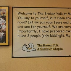 Photo taken at Broken Yolk by Hanouf M. on 9/29/2012