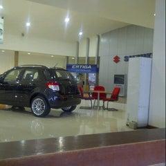 Photo taken at Suzuki UMC ahmad yani surabaya by Rifqi R. on 11/21/2012
