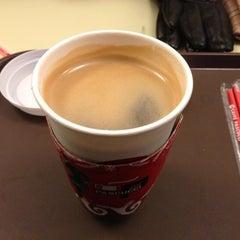 Photo taken at CAFFÉ PASCUCCI by HYUNDAN K. on 12/13/2012