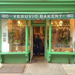 Photo taken at Vesuvio Bakery by Marcel O. on 10/11/2014