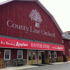 Photo taken at County Line Orchard by Sarah P. on 10/13/2012
