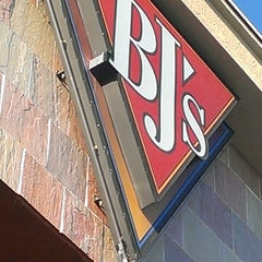 Photo taken at BJ's Restaurant and Brewhouse by Pat A. on 3/17/2013