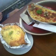 Photo taken at dbc & spageti by Jazmi K. on 11/15/2012