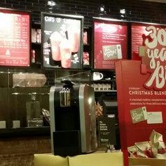 Photo taken at Starbucks by Ani K. on 11/27/2014