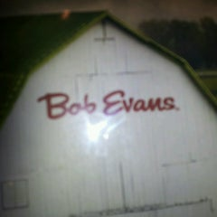 Photo taken at Bob Evans Restaurant by Lee T. on 6/25/2013