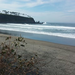 Photo taken at Playa de Barayo by Autoescuela kmZERO O. on 9/16/2014