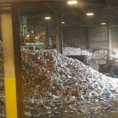 Photo taken at CT RRA Trash Museum by Aron on 1/11/2014