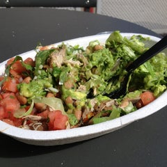Photo taken at Chipotle Mexican Grill by Zach W. on 9/13/2013