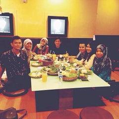 Photo taken at Koki Sunda by Nelfita R. on 8/5/2014
