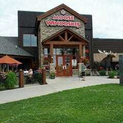 Photo taken at Moose Winooski's by Jennifer P. on 6/29/2013