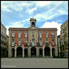 Photo taken at Ayuntamiento de Zamora by Moisés G. on 3/27/2013