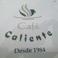 Photo taken at Café Caliente by Fabricio on 1/23/2013