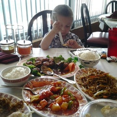 Photo taken at Mandarin House Restaurant by Yolanda H. on 8/4/2013