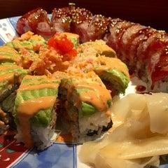 Photo taken at Kiku Hibachi Grill & Sushi Bar by ZenFoodster Eats on 1/5/2015