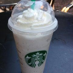 Photo taken at Starbucks by KOOLEY J. on 4/3/2013
